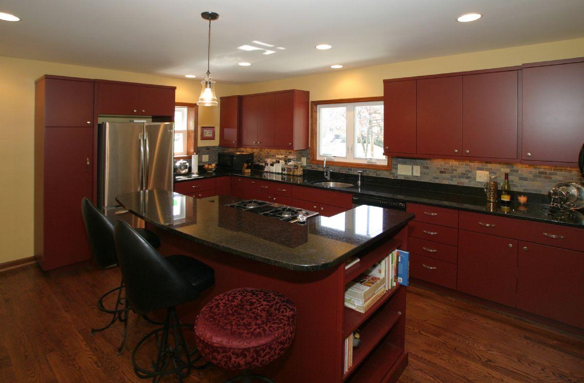 [105]Kitchen1.jpg